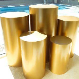 Round Gold Plinths 01