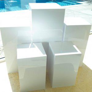 Square White Plinths 01