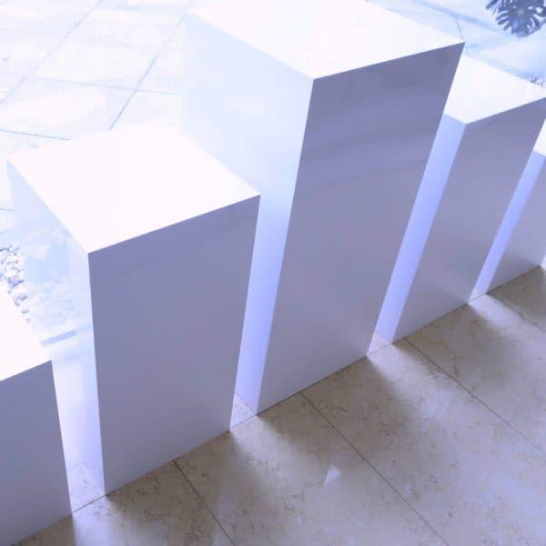 Square White Plinths 02
